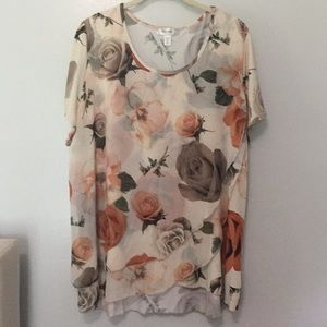Beautiful ladies short sleeve blouse